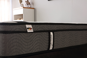 Tencel fabric pocket spring mattress in a box